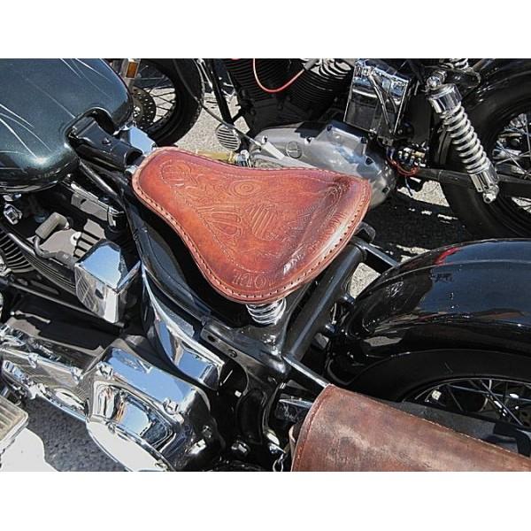 selle cuir custom chopper accessoires custom pieces pour harley articles biker. Black Bedroom Furniture Sets. Home Design Ideas