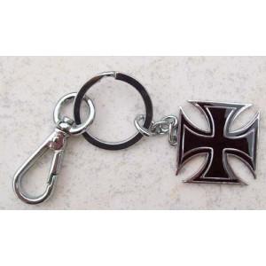 Porte cles croix de malte noir et chrome.
