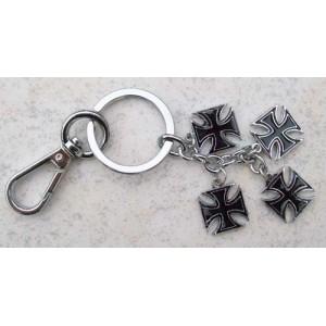 Porte clés 4 croix de malte noir.