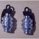 Bouchon de valve grenade chromé.