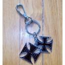 Porte clés double croix de malte chooper.